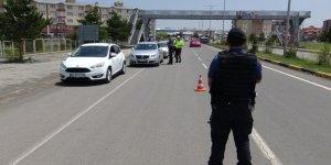 """Kars'ta 46 sürücüye """"Kırmızı ışık"""" cezası kesildi"""