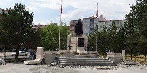 Kars Atatürk Heykeli restore ediliyor