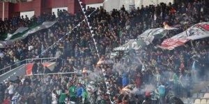 Kars 36 Spor taraftarı Harbiler 36'dan Kars halkına Kars Bürokrasisine çağrı