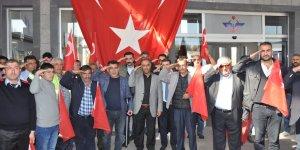 Kars'ta demiryolcular asker selamı verdi