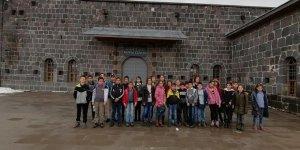 Başkan Altun'dan öğrencilere anlamlı gezi