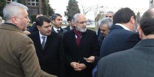 """Topçu: """"Kars, Ardahan, Iğdır illeri birliğimizin ve dirliğimizin sembolü olan serhat illerimizdir"""""""