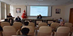 Kars'ta Sosyal mesafeli İl Pandemi Koordinasyon Kurulu Toplantısı