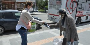 Kars'ta 65 yaş ve üstü vatandaşlar bir hafta arayla sokağa çıktı