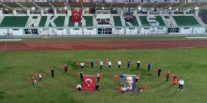 Kars Stadyumunda İstiklal Marşı yankılandı