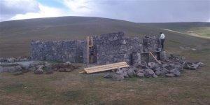 Tarihi taş evler, yaylalara geri dönüyor