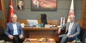 Kars Milletvekilleri Ahmet Arslan ve Yunus Kılıç'ın Mevlid Kandili mesajı