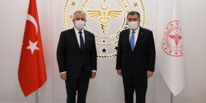 Milletvekili Ahmet Arslan, Sağlık Bakanı Dr. Fahrettin Koca'yı ziyaret etti