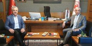 Kars Milletvekilleri Ahmet Arslan ve Yunus Kılıç'ın 3 Aralık Dünya Engelliler Günü mesajı