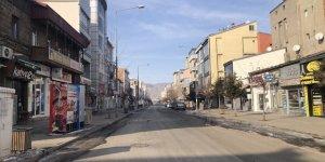 Kars'ta vatandaşlar kısıtlamaya destek vererek evlerinde kalıyor