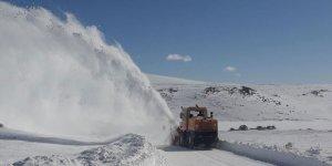 Kars'ta 71 köy yolu ulaşıma kapalı