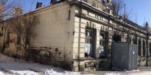 Kars'ta tarihi evler yıkılıyor