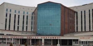 Kars'ta fırtına hastanenin çatısını uçurdu