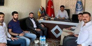 Ak Parti Gençlik Kolları Başkanı Bayrambey'den, Ülkü Ocakları Başkanı Özağdaş'a hayırlı olsun ziyareti