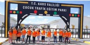 Kars İl Emniyet Müdürlüğü Çocuk Trafik Eğitim Parkı'nda eğitim düzenledi