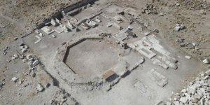 Ani Örenyerinde Selçuklu Mezarlığı ortaya çıkarıldı