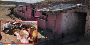 Kars'ta evi yanan aile yardım bekliyor