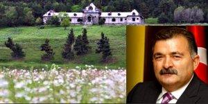 Hemşehrimiz Turgut Torunoğulları'nın Katerina Köşkü'nü alması Kars'ta büyük sevinç yarattı