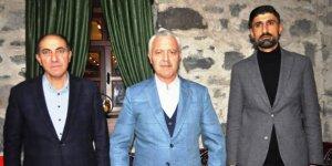 """AK Parti, """"Teşkilat Akademisi"""" eğitimleri Kars'ta da devam ediyor"""