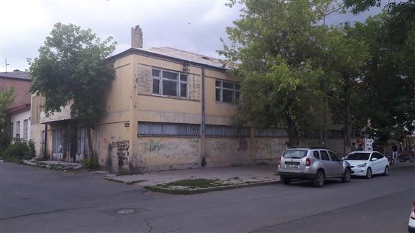 4-179.jpg