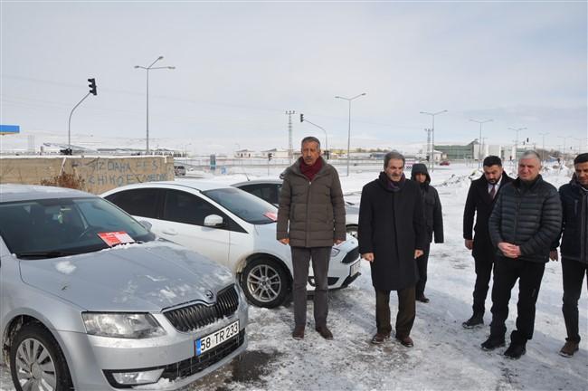 kars belediyesi acik oto pazari acildi