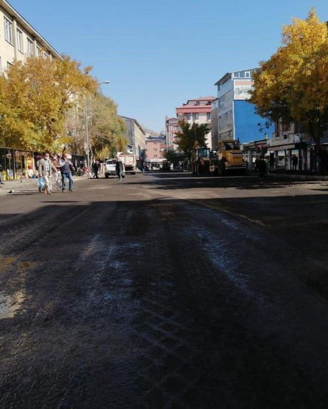 kars-belediyesi-emin-ellerde,-nihat-oguz-hizli-basladi!-(6).jpg
